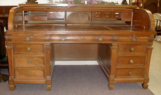 desk rolltop walnut 3 - Rolltop Desk